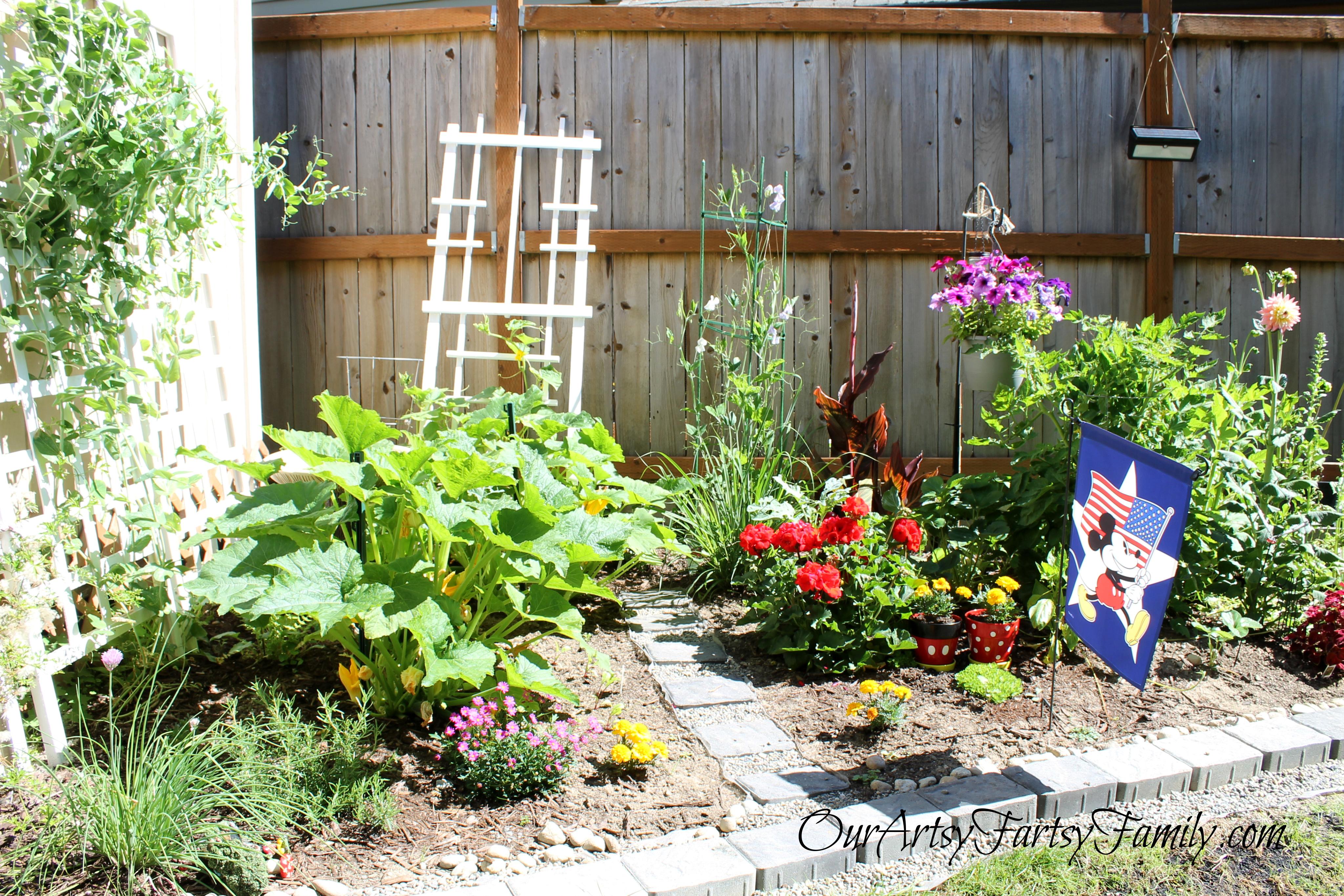 7-19-2020 Garden Artsy IMG_1179